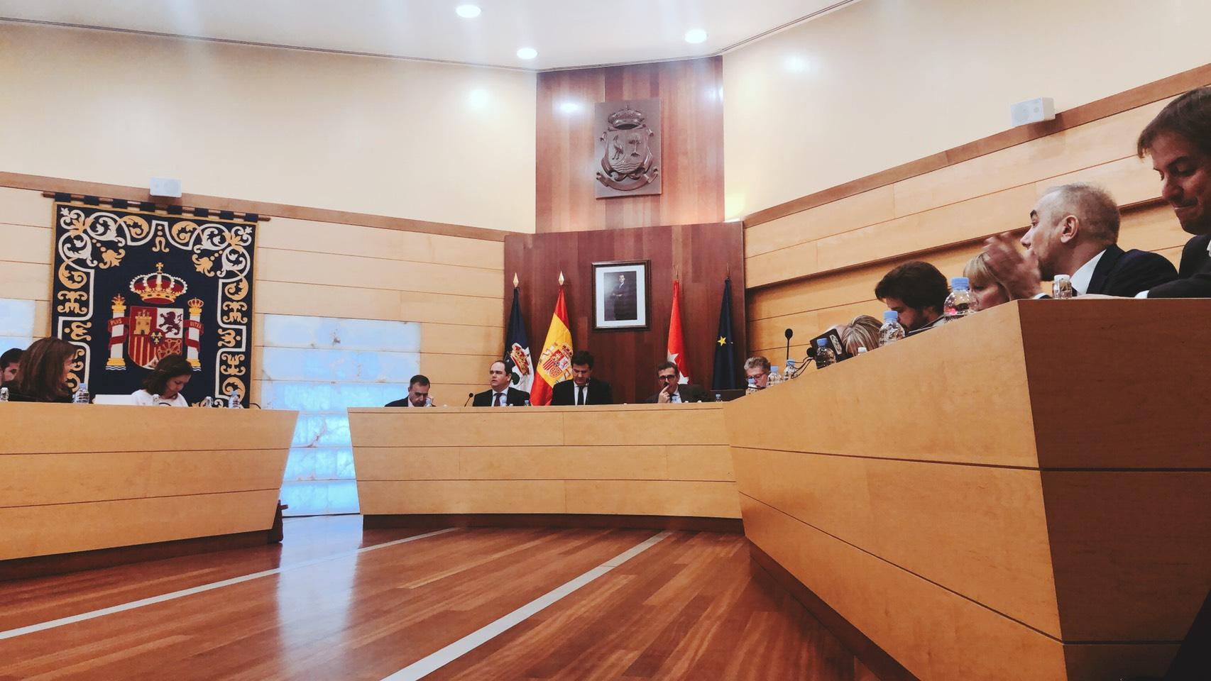 Contigo llega a un acuerdo para salvar el  Depósito de Aguas del barrio del Torreón
